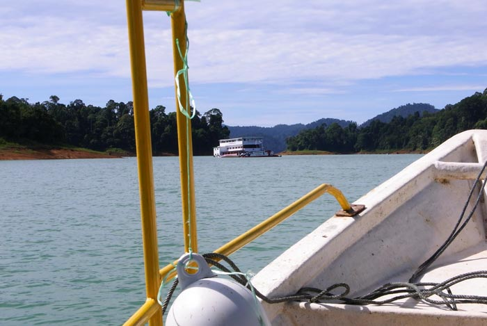 Kenyir Lake boat ride