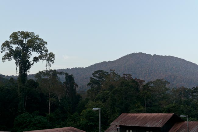 Gunung Tiong